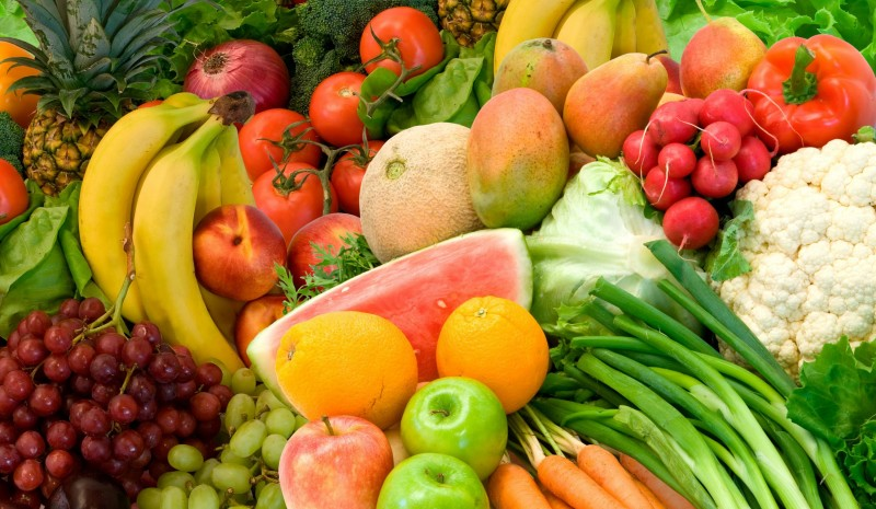 Frutta e verdura tipiche della stagione estiva