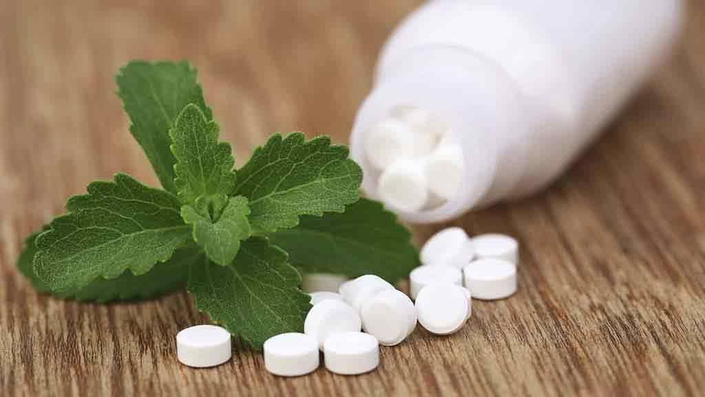 La stevia è un dolcificante naturale acalorico