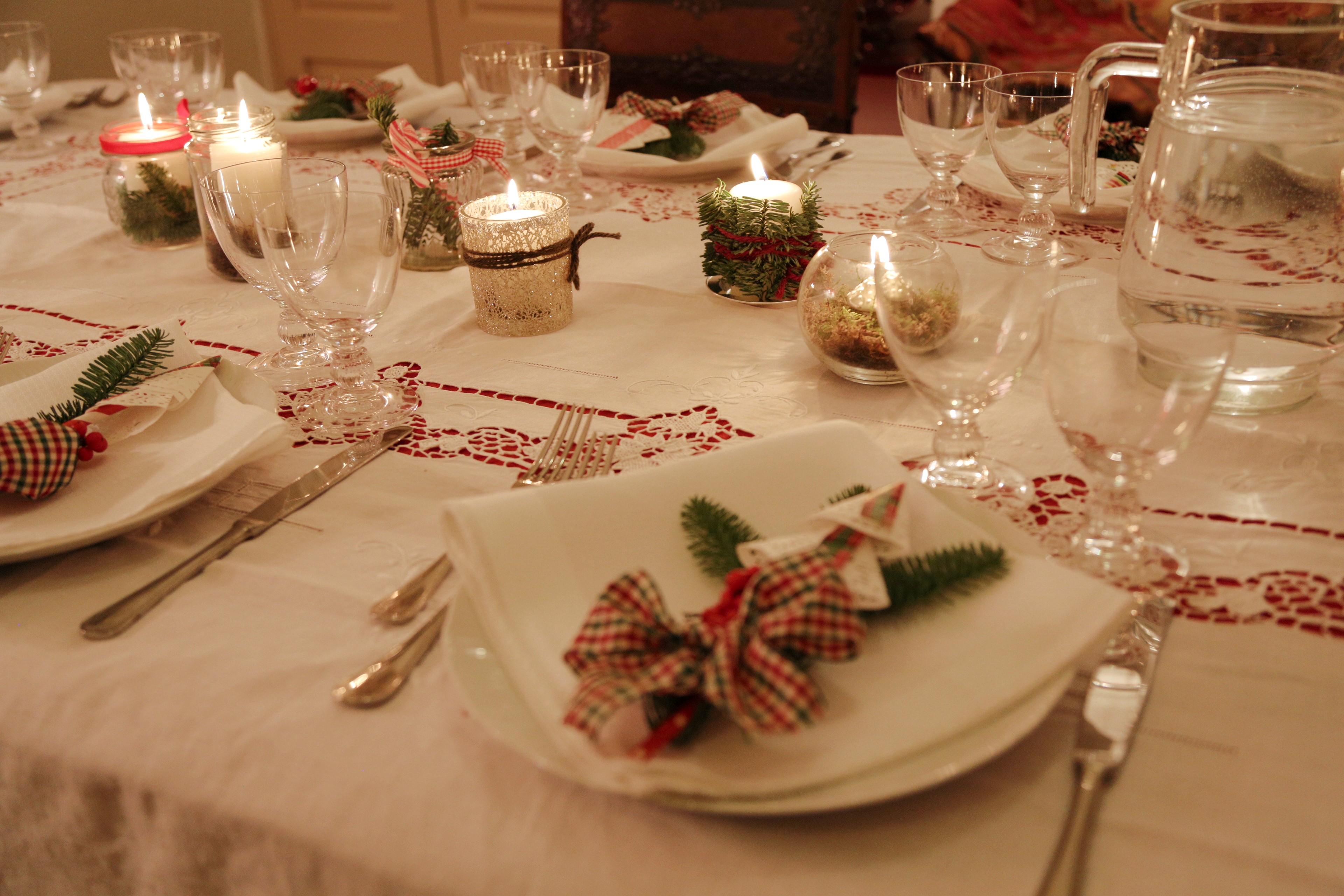 La tavola di natale tra papille e sentimenti edo blog - Addobbi natalizi per tavola da pranzo ...