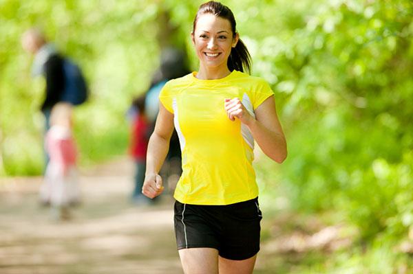 Fare jogging ed esercizio fisico può essere un valido aiuto per combattere la ritenzione idrica
