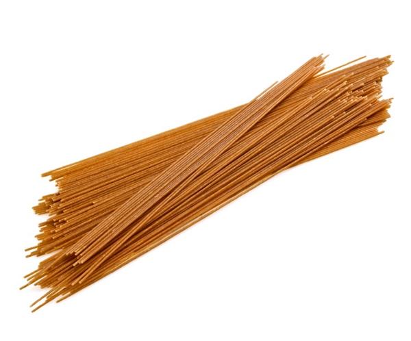 Spaghetti integrali di farro