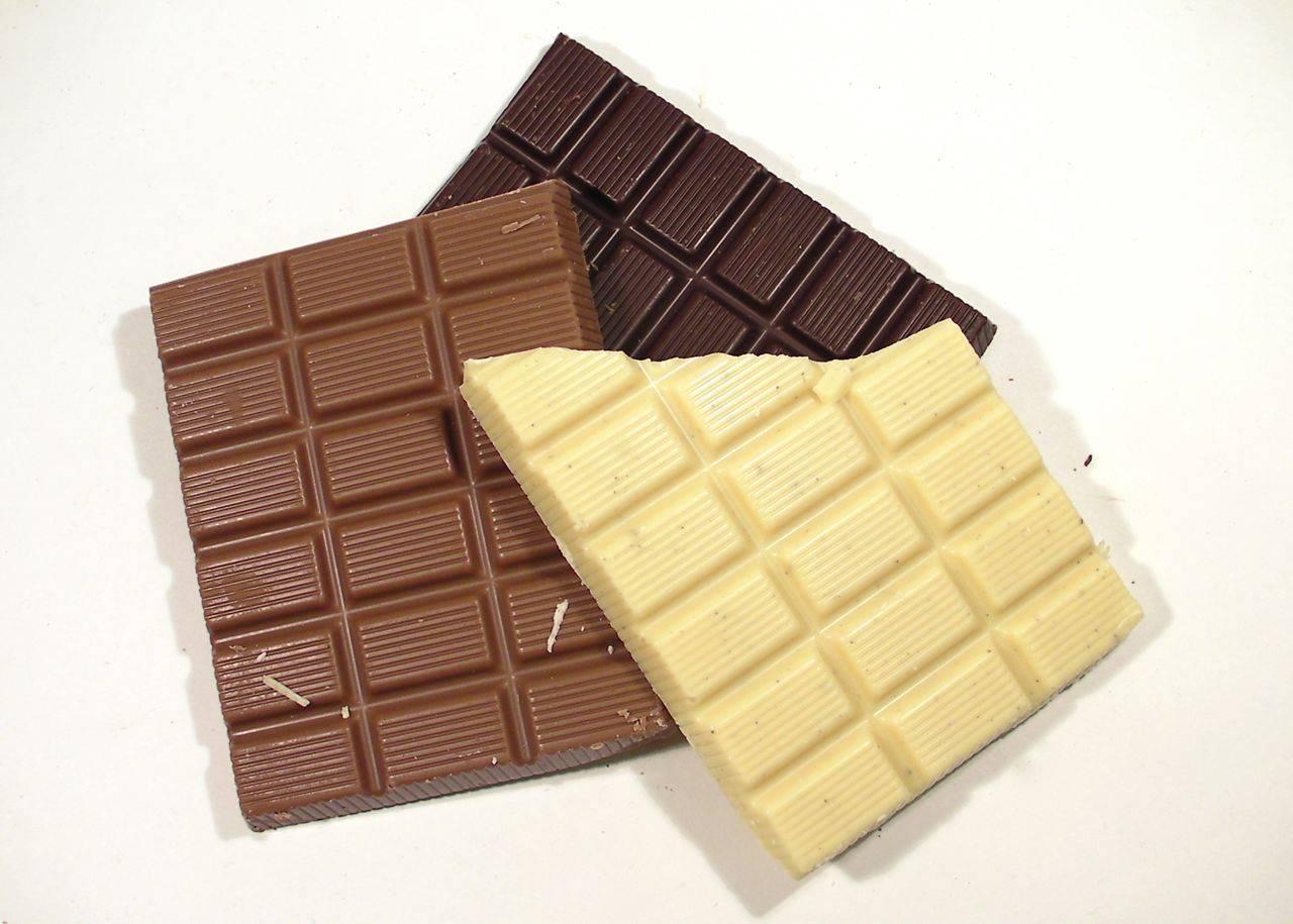 Varie tipologie di cioccolato in commercio
