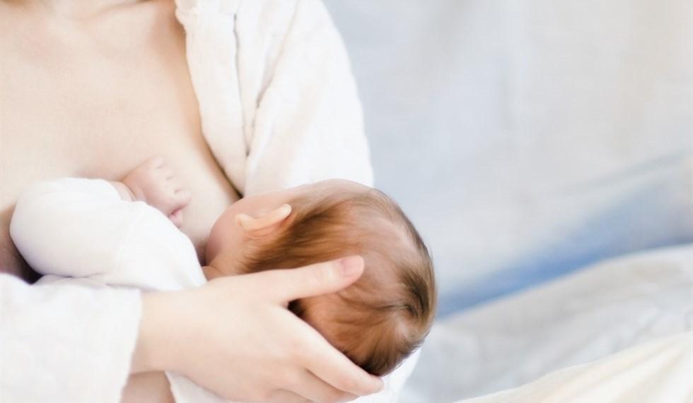 Allattamento al seno: tra mito e realtà