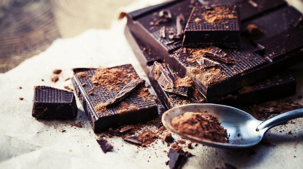 I primi a coltivare la pianta del cacao furono i Maya, circa 3000 anni fa; solo nel 1800, però, fecero la comparsa le prime tavolette di cioccolata
