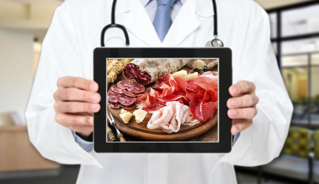 L'esperto risponde: ho il colesterolo alto, quali cibi dovrei evitare?