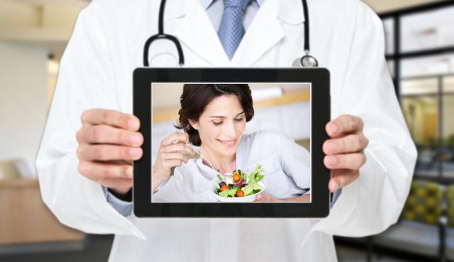 L'esperto risponde: dopo la menopausa ho escluso glutine e lattosio, ma continuo ad ingrassare; come posso fare?