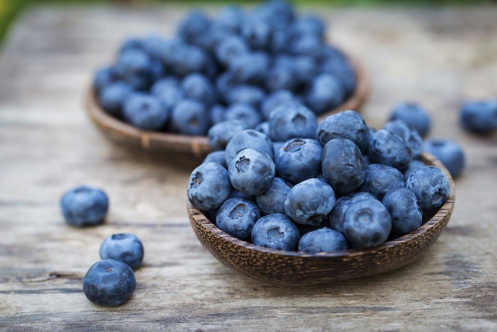 L'azione antiossidante dei mirtilli è riconducibile alla presenza di antociani, pigmenti caratteristici di vegetali dal colore blu-viola.