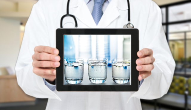 L'esperto risponde: come scegliere l'acqua minerale?