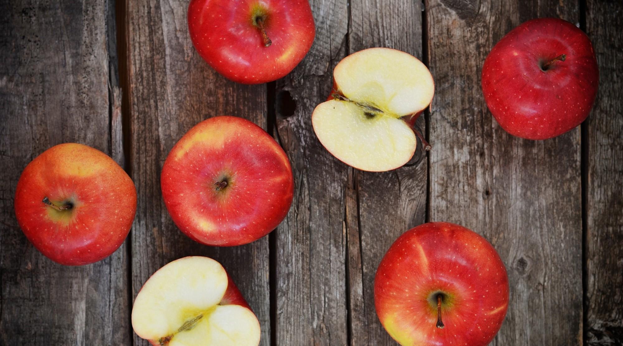 Una mela al giorno toglie medico e carie di torno: questo frutto è un sicuro alleato del sorriso!