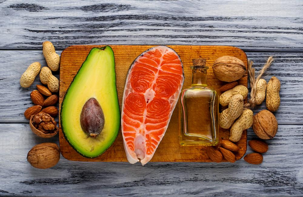 Durante la gravidanza il bisogno di acidi grassi omega 3 aumenta: pesce azzurro, frutta secca e semi oleosi non dovrebbero mancare!