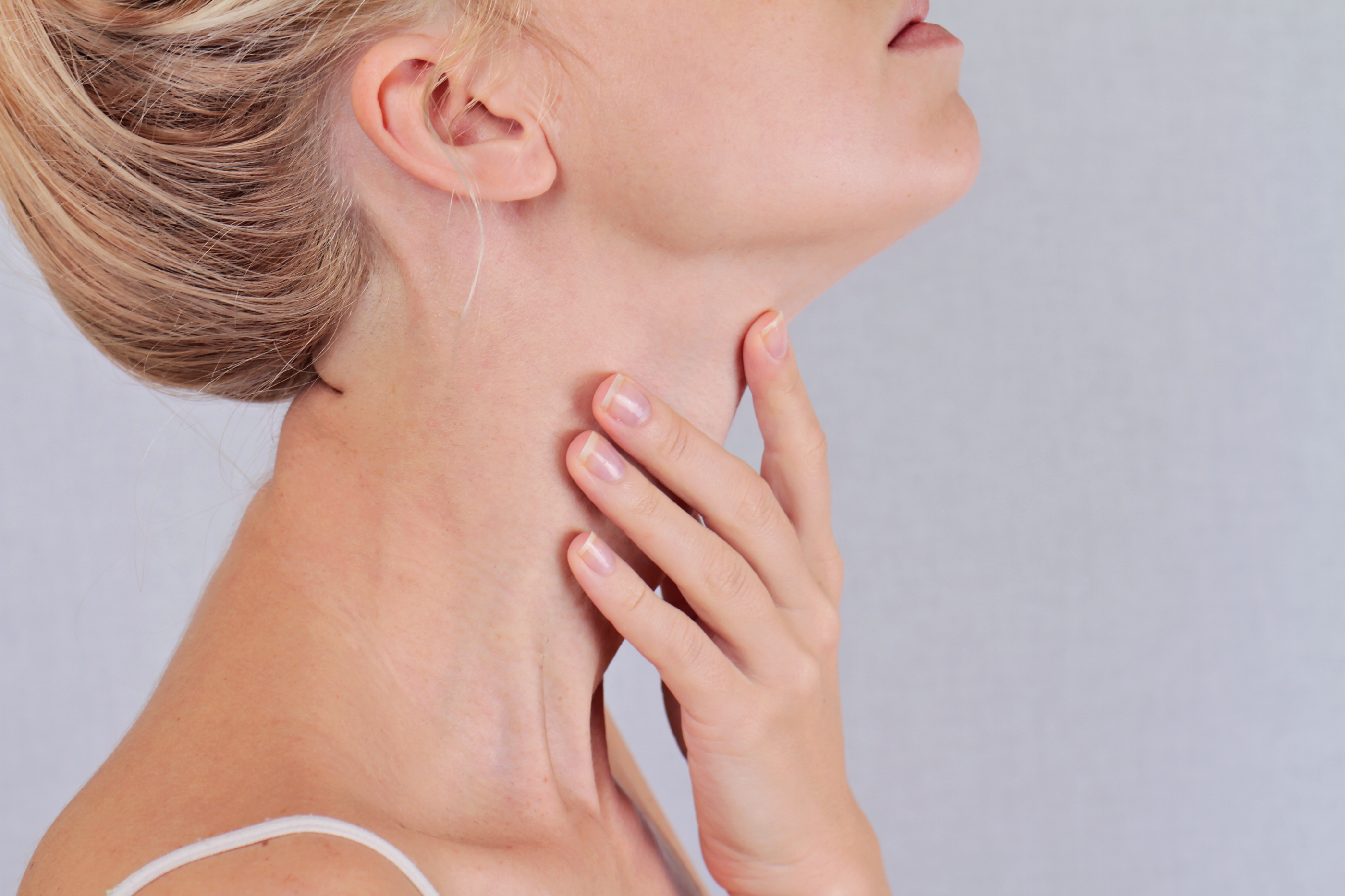 La tiroide è una ghiandola endocrina posta nella parte anteriore del collo.