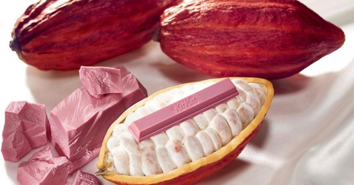 Il cioccolato rosa è comparso per la prima volta nelle vetrine orientali, dove è stato possibile acquistare l'innovativo KitKat rosa; ora è possibile trovarlo anche in Svizzera, Germania e Gran Bretagna.